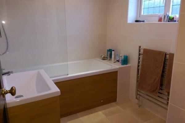 Bath , Sink & Towel Rack