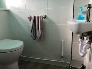 Sink, Toilet & Towel Rack