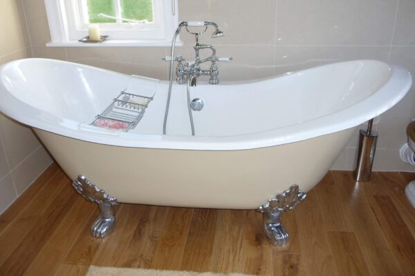Free Standing Bath Installation