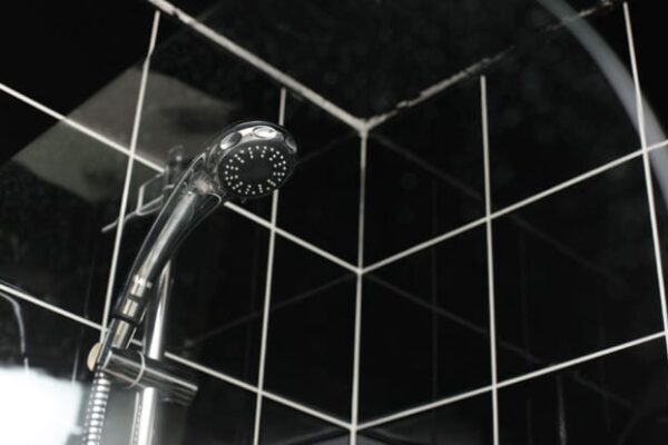 Shower Head with Tiles